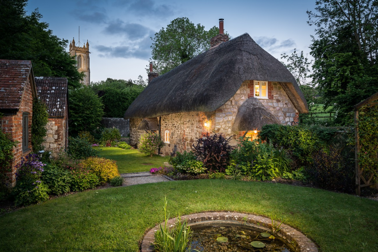 Englische Cottages Storybook English Cottage Inside The 39faerie Door 39 In