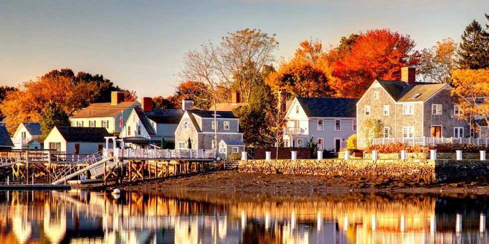 New Hampshire Fall Foliage Wallpaper New England Homes 9 Things Every New England Home Has
