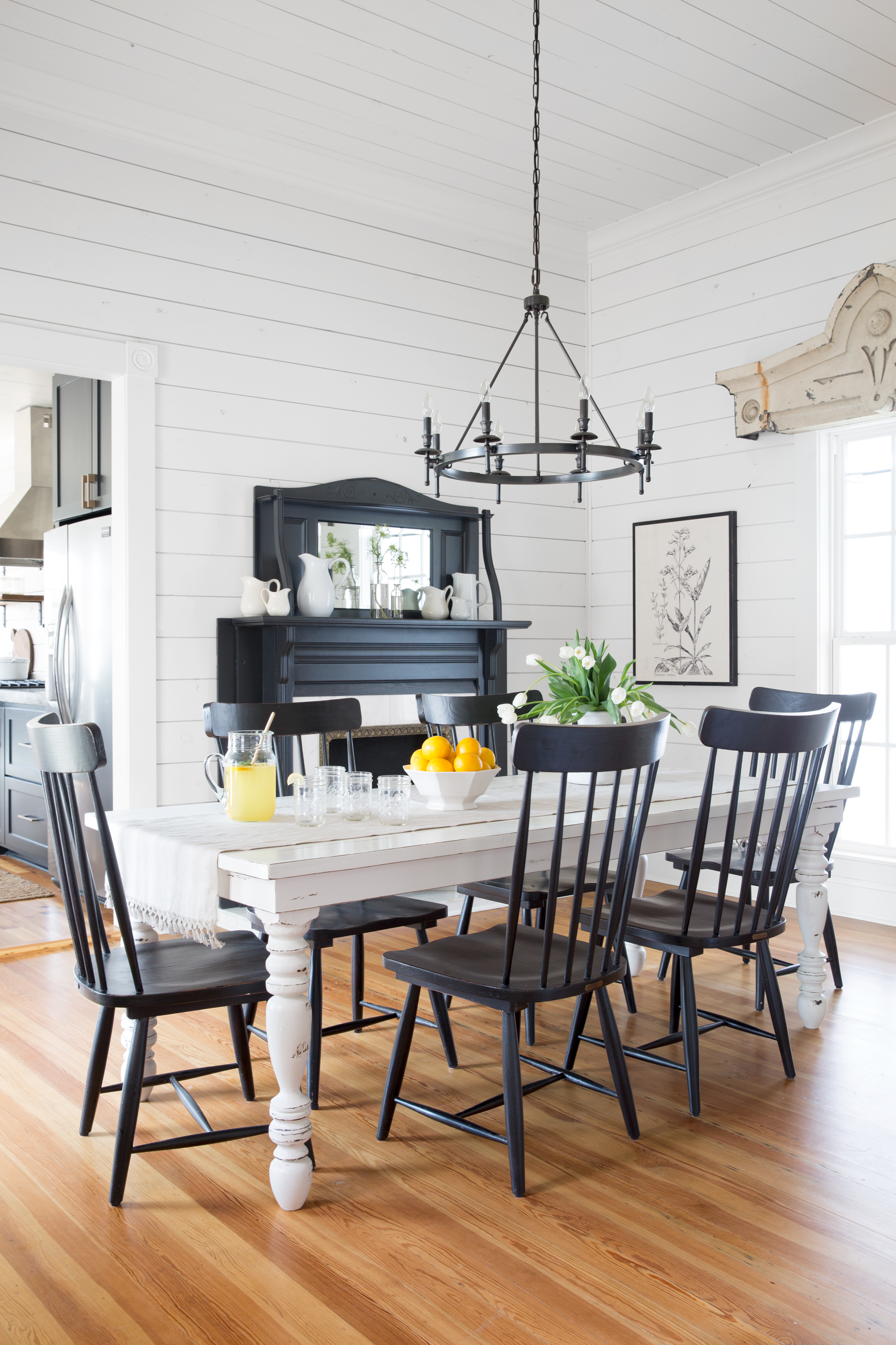 Joanna Gaines Farmhouse Dining Room Chip And Joanna Gaines Magnolia House B Andb Tour Fixer