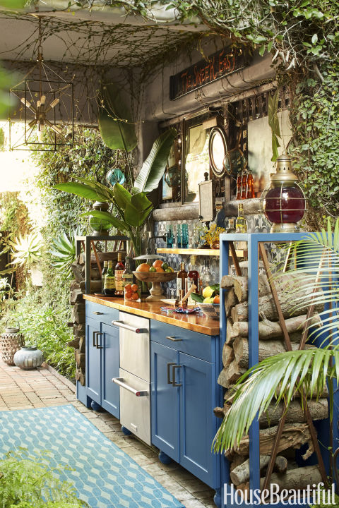 20 Outdoor Kitchen Design Ideas and Pictures - outside kitchen ideas