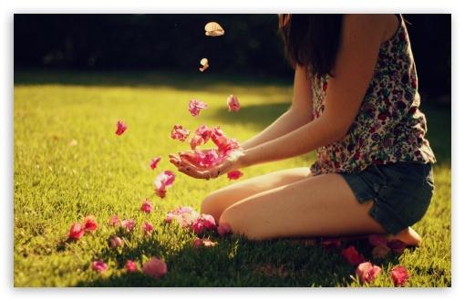 1440p Wallpaper Girls Girl Playing With Flowers 4k Hd Desktop Wallpaper For 4k