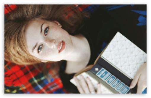 Beautiful Girl Face Hd Desktop Wallpaper Girl With Book 4k Hd Desktop Wallpaper For 4k Ultra Hd Tv