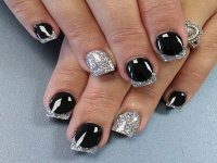 The gallery for --> Black And Silver Tip Nails