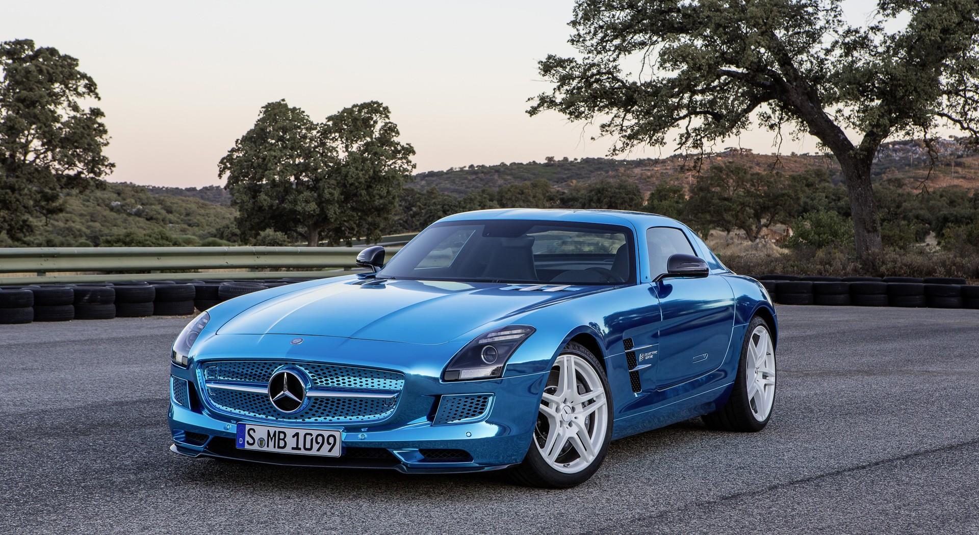 Spring Flowers 3d Live Wallpaper Mercedes Benz Sls Amg Blue Hd Desktop Wallpapers 4k Hd
