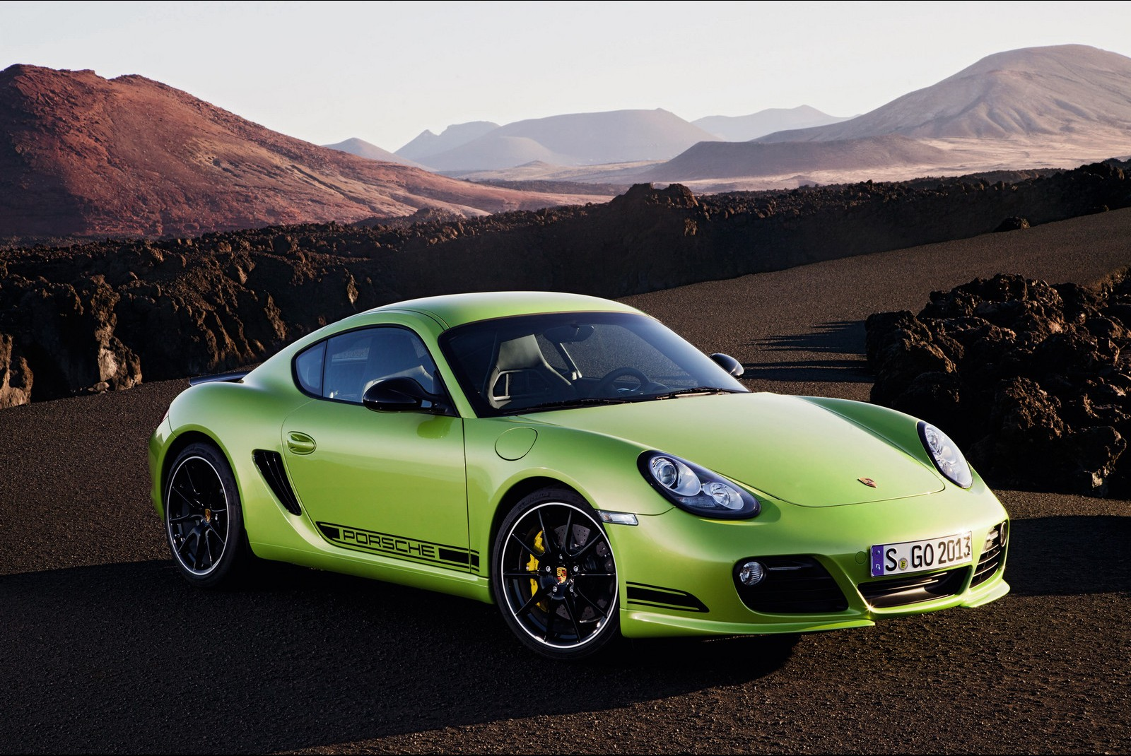 3d Name Wallpapers R Porsche Cayman R Green Hd Hd Desktop Wallpapers 4k Hd