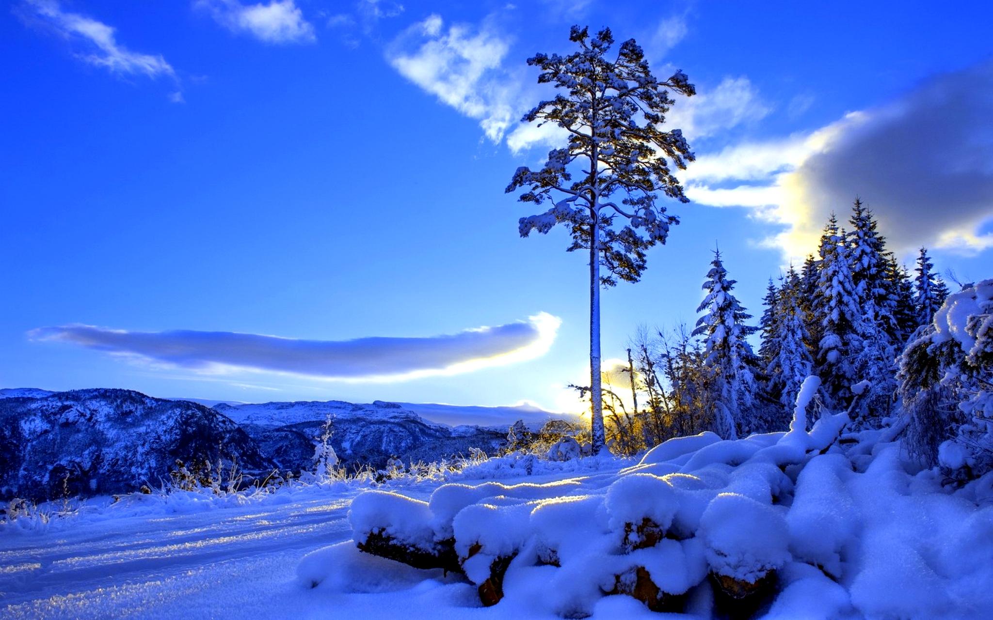Snow Village 3d Live Wallpaper And Screensaver Sunlight Wallpaper Winter Hd Desktop Wallpapers 4k Hd
