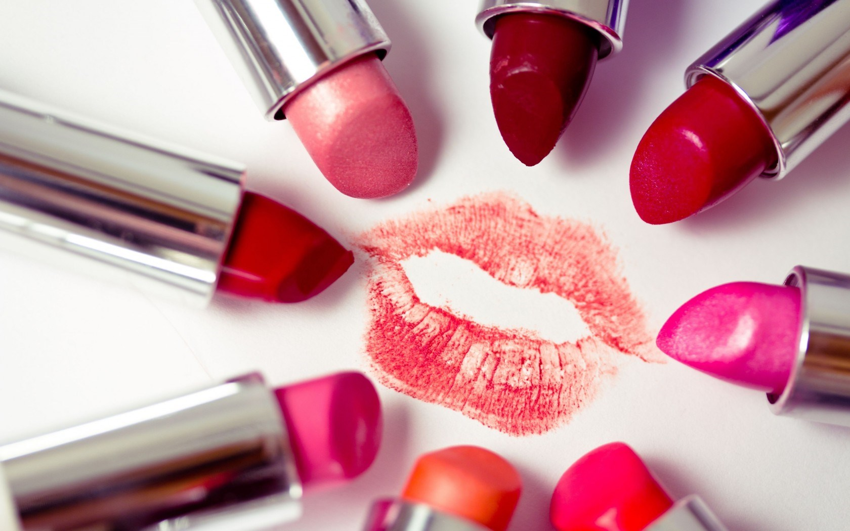 Wallpaper 3d Funny Lipstick Wallpapers Hd Wallpaper