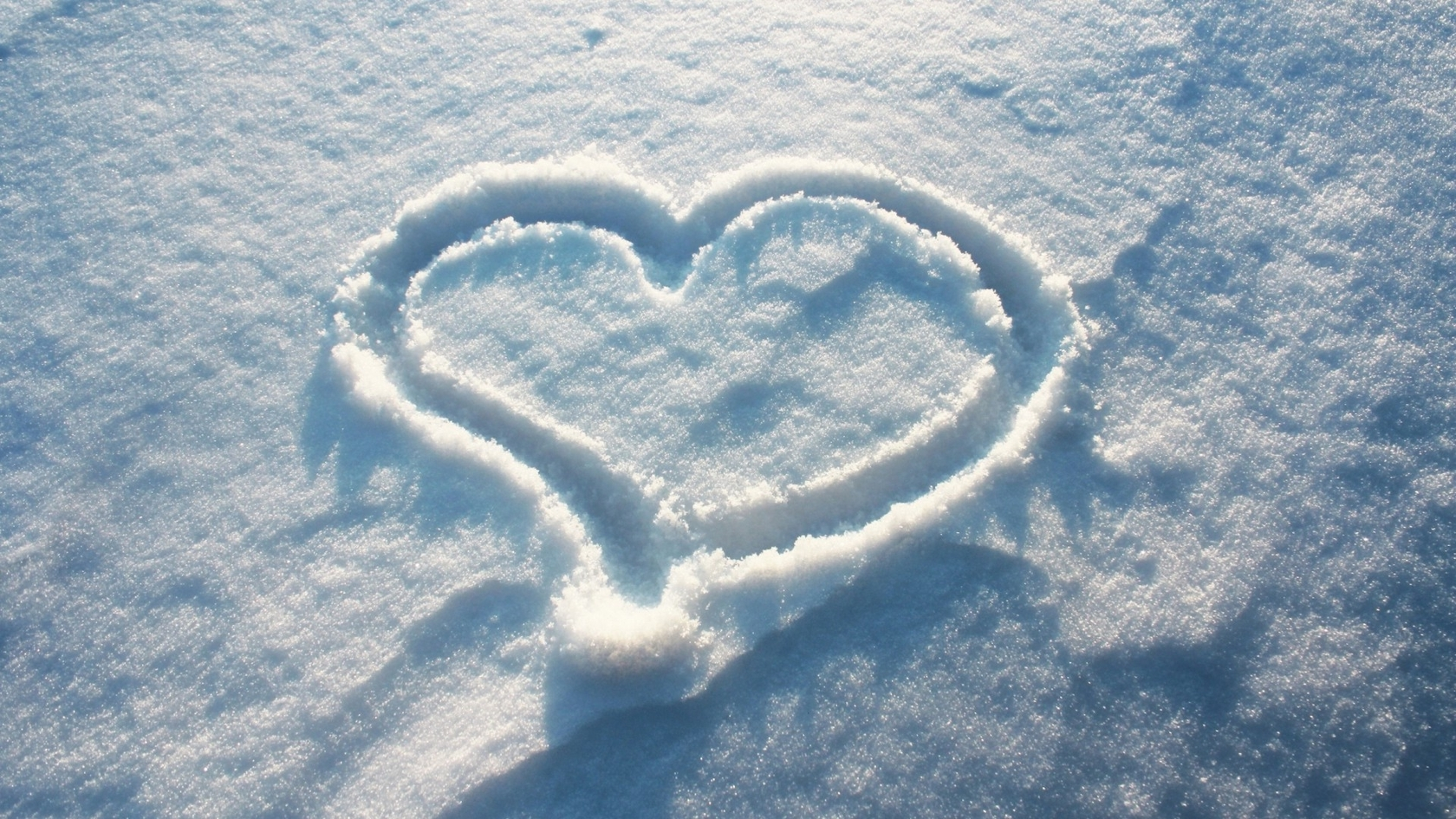 Cartoon Love Couple Hd Wallpapers Heart In The Snow Hd Wallpaper Hd Latest Wallpapers