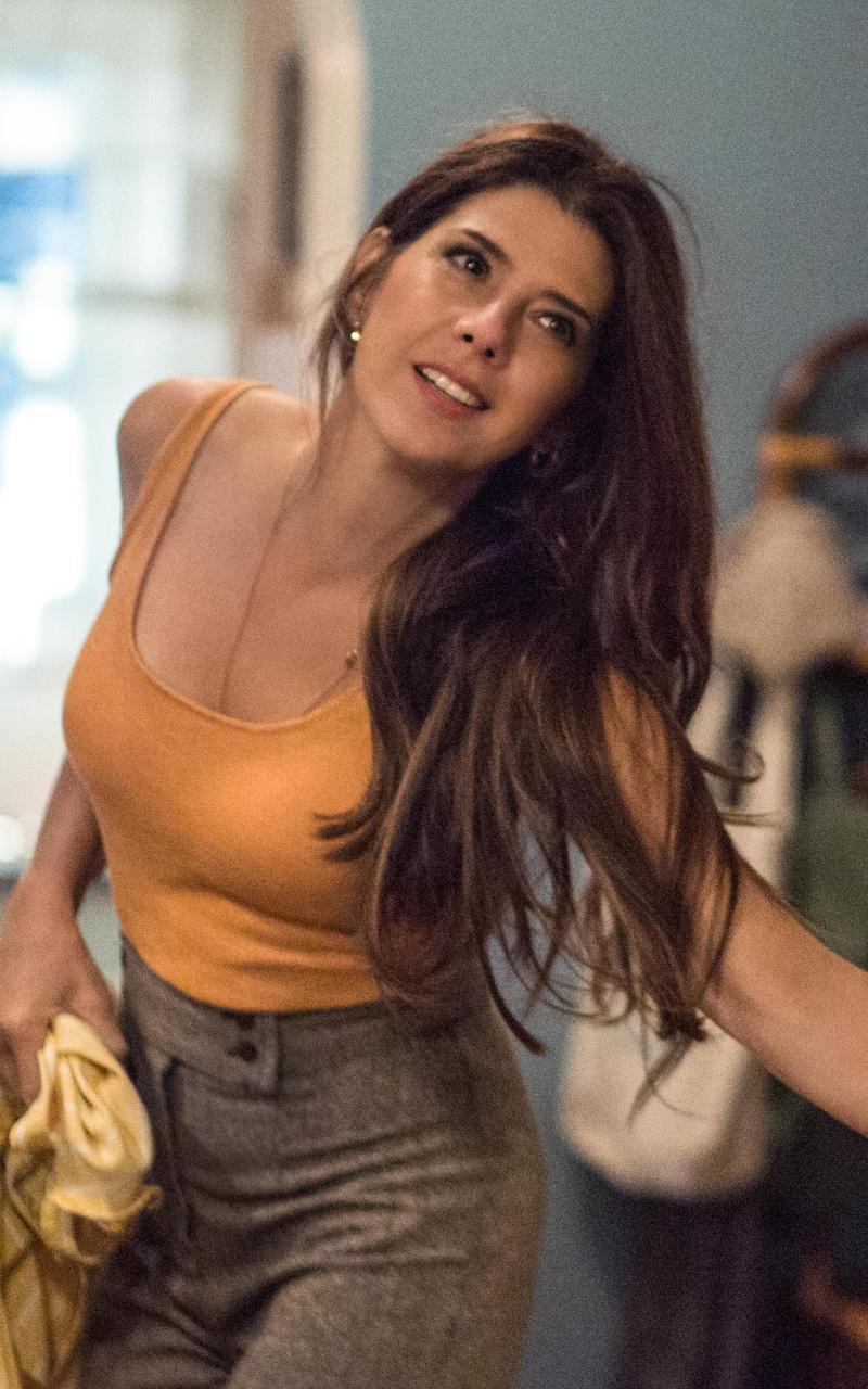Indian Girl Wallpaper 2560x1440 Jpg 800x1280 Marisa Tomei In Spiderman Homecoming Nexus 7