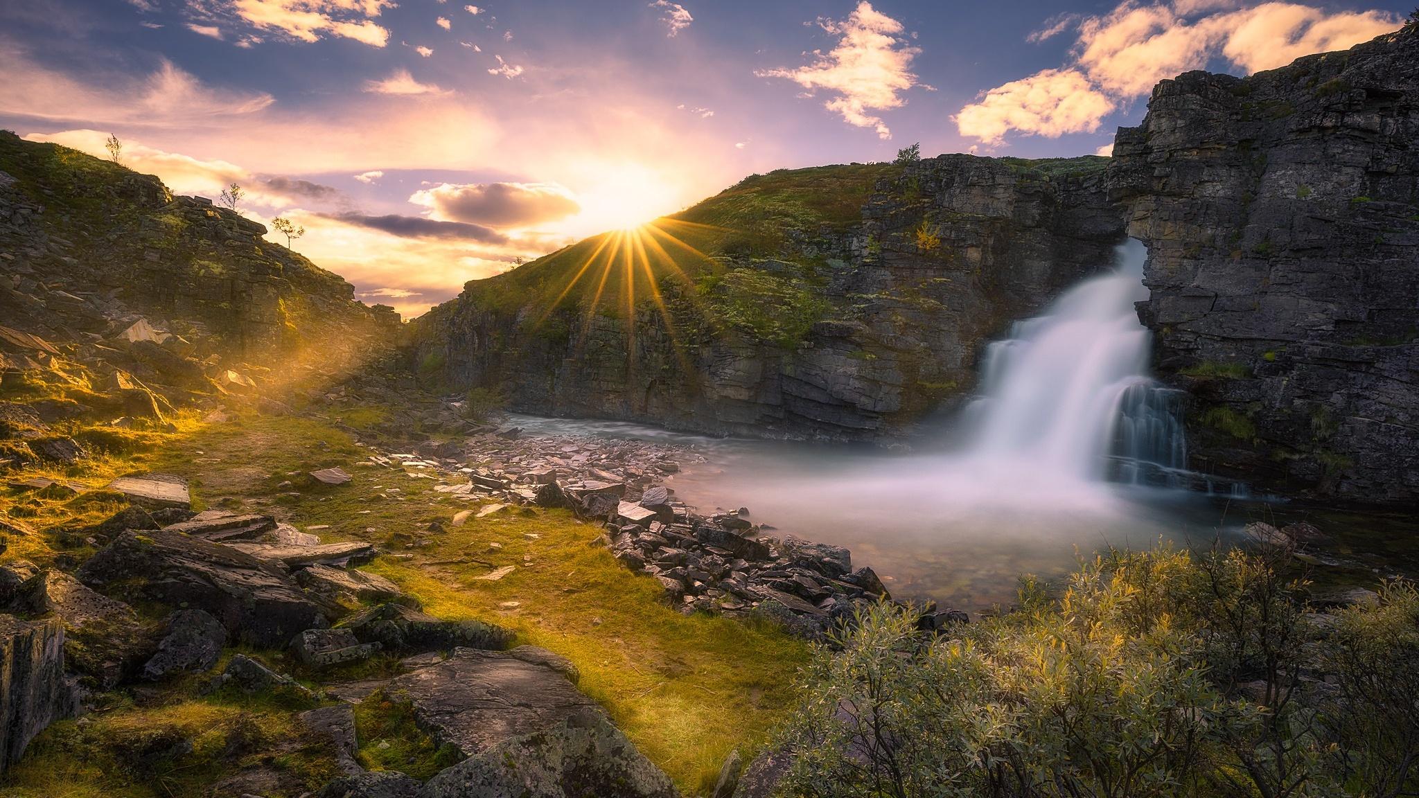 240x320 Niagara Falls Screensaver Free Wallpaper Download 2048x1152 Beautiful Waterfall And Sunrise 2048x1152