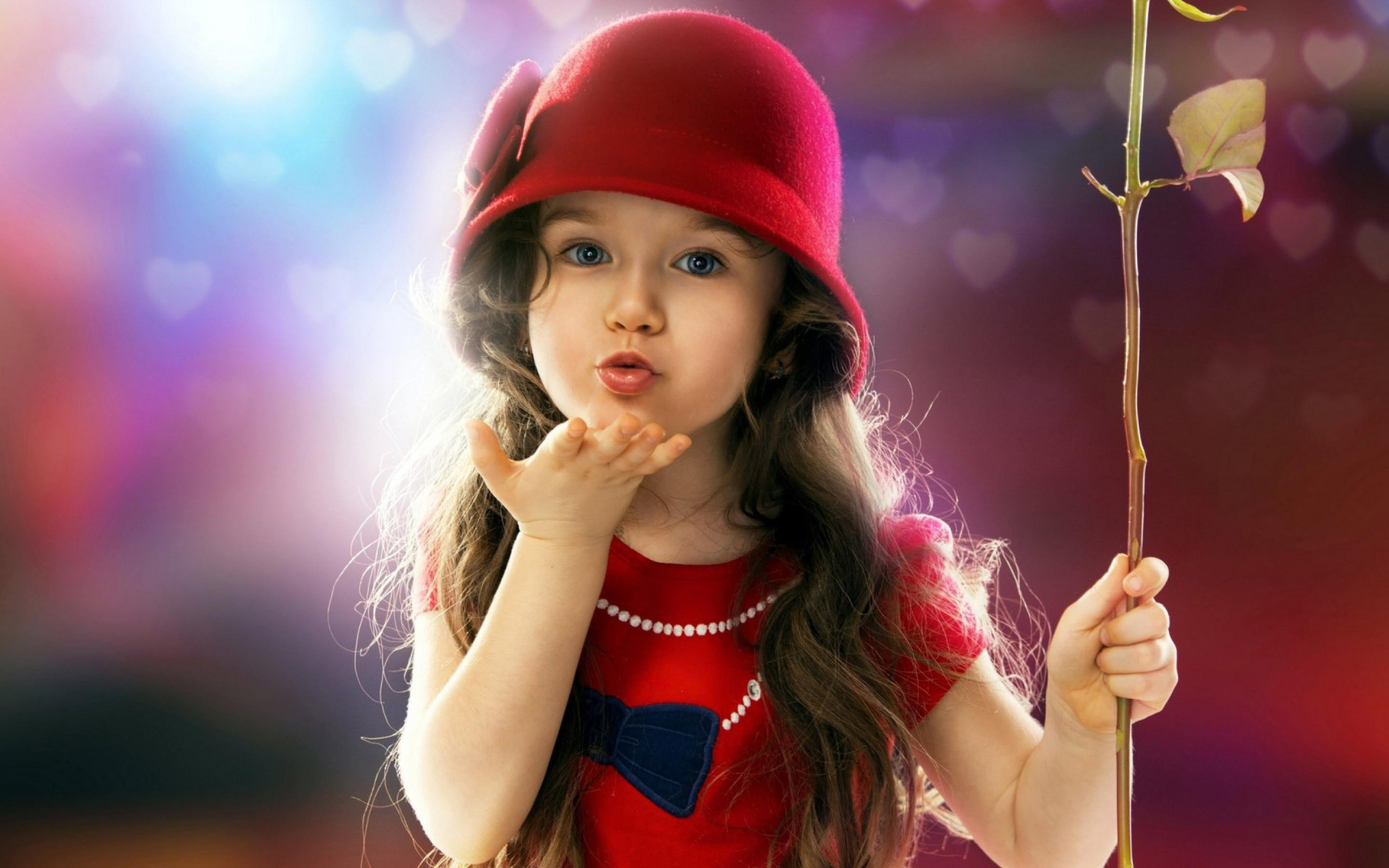 Cute Indian Babies Wallpapers Download Little Girl Blowing A Kiss Hd Cute 4k Wallpapers Images
