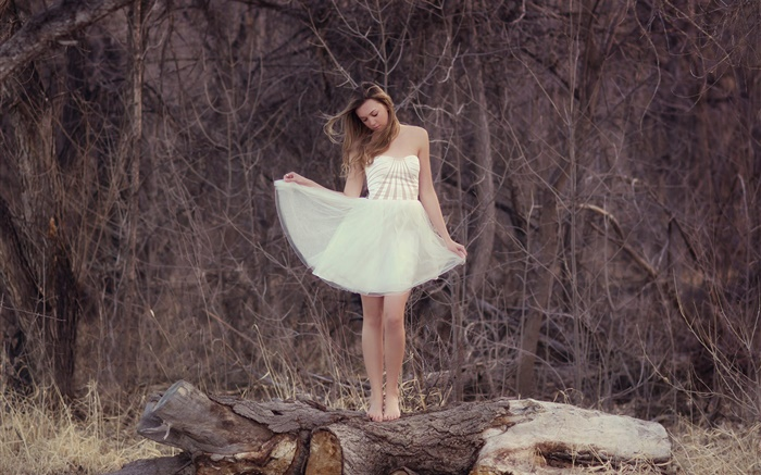 Lonely Girl Wallpaper Hd White Dress Girl Forest Lonely Hd Wallpapers Girls