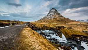 Kirkjufell Mountain Iceland_Ultra HD