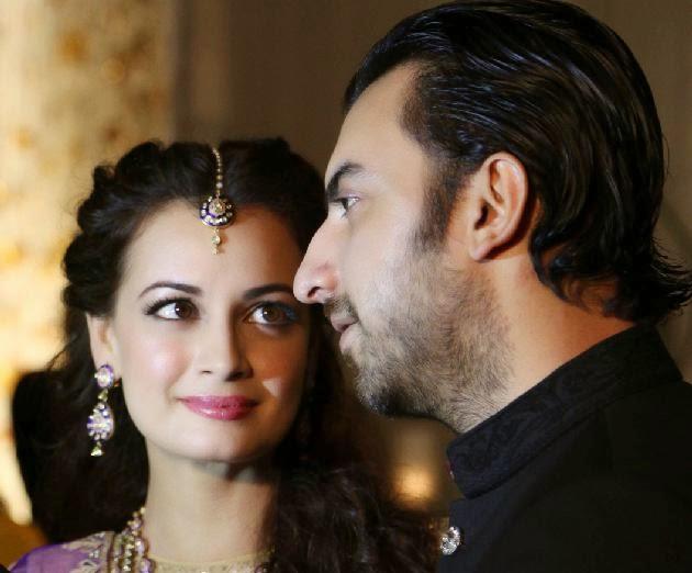 Sahil 3d Name Wallpaper Dia Mirza And Sahil Sangha S Engagement Hot Hd Wallpapers
