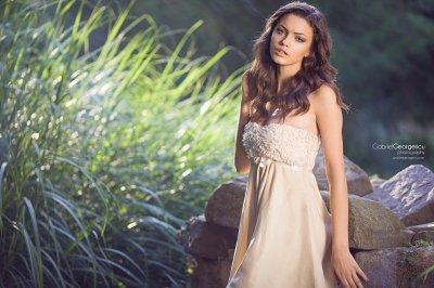 women, Model, Brunette, Women outdoors, White clothing, Curly hair, Brown eyes HD Wallpapers ...