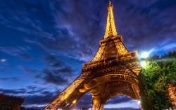 Small Of Eiffel Tower Wallpaper