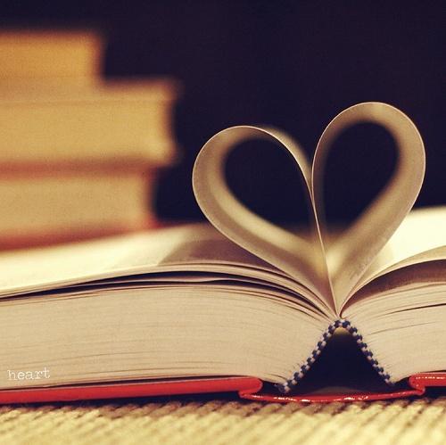 3d Colours Wallpaper Heart Hd Book Pages Heart Picture 13288 Hdwpro