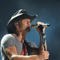 "Tim McGraw's ""Diamond Rings and Old Barstools"" is Country's Most-Added (Updated)"