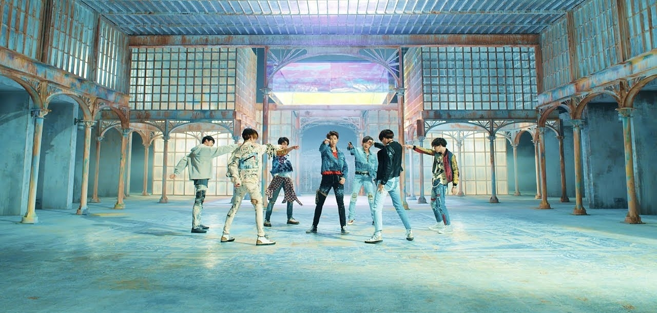 Country Girl Wallpaper Bts Quot Fake Love Quot Received Opening Day Pop Radio Airplay In