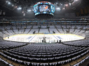 New Jersey Devils v Los Angeles Kings - Game Three