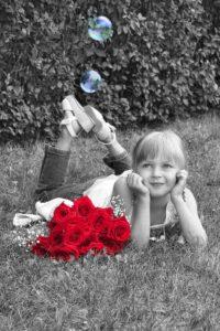 girl-367450_960_720 free pixabay