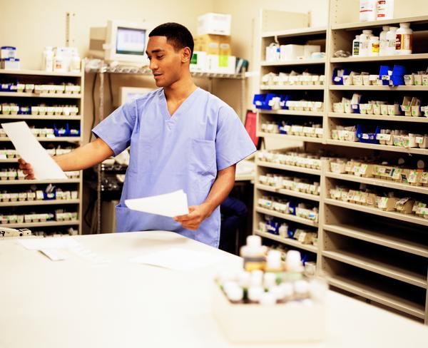 Pharmacy Technician Job Description - Healthcare Salary World - pharmacist job description