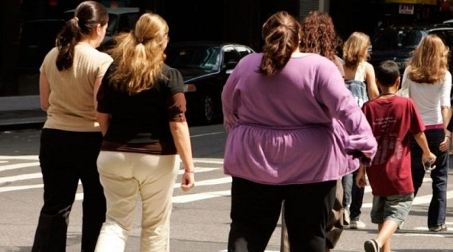 Obese women walking on the street (Source: foxnews.com)