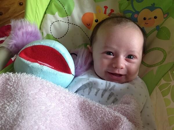 newborn baby healthy