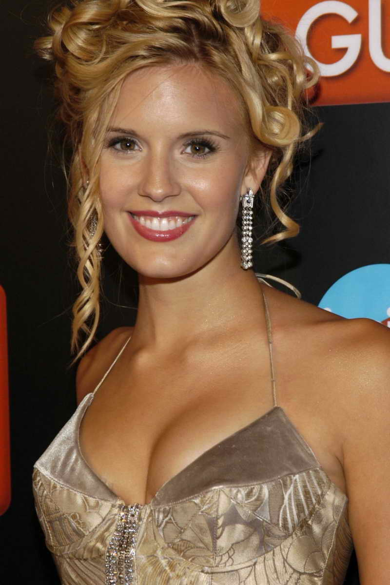 Lost Girl Season 5 Wallpaper Maggie Grace Height And Weight Celebrity Weight Page 3