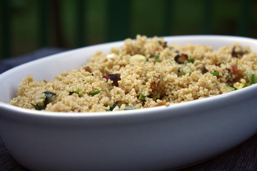 couscous with pistachio and apricot