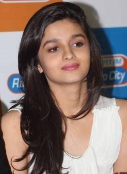 Alia Bhatt Height Weight Body Statistics
