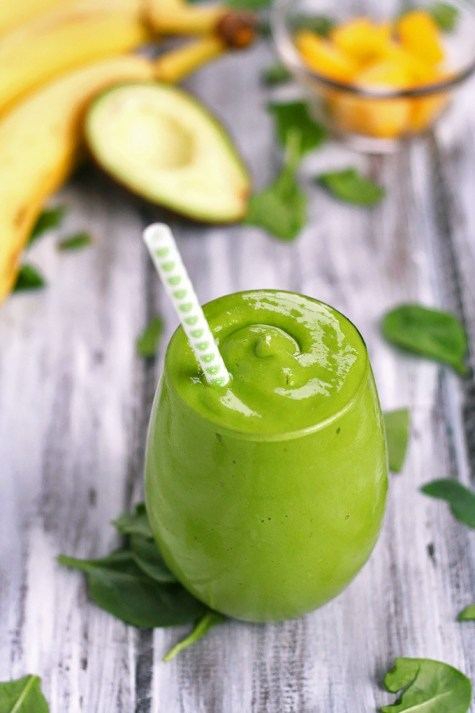 Banana_Mango_Avocado_Green_Smoothie_6_edit