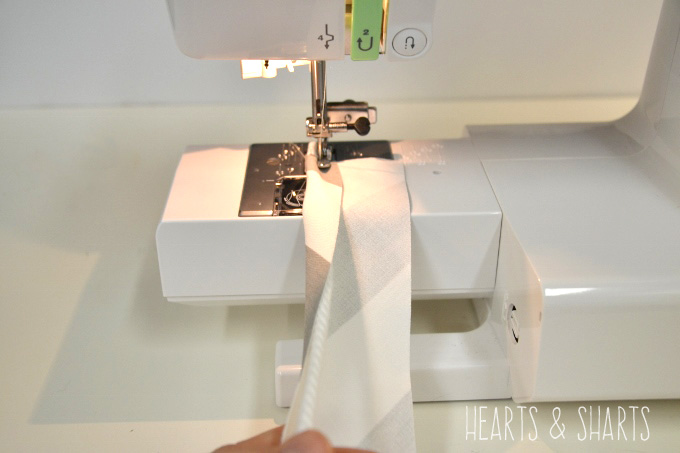 sewing-double-welt-piping-hearts-and-sharts
