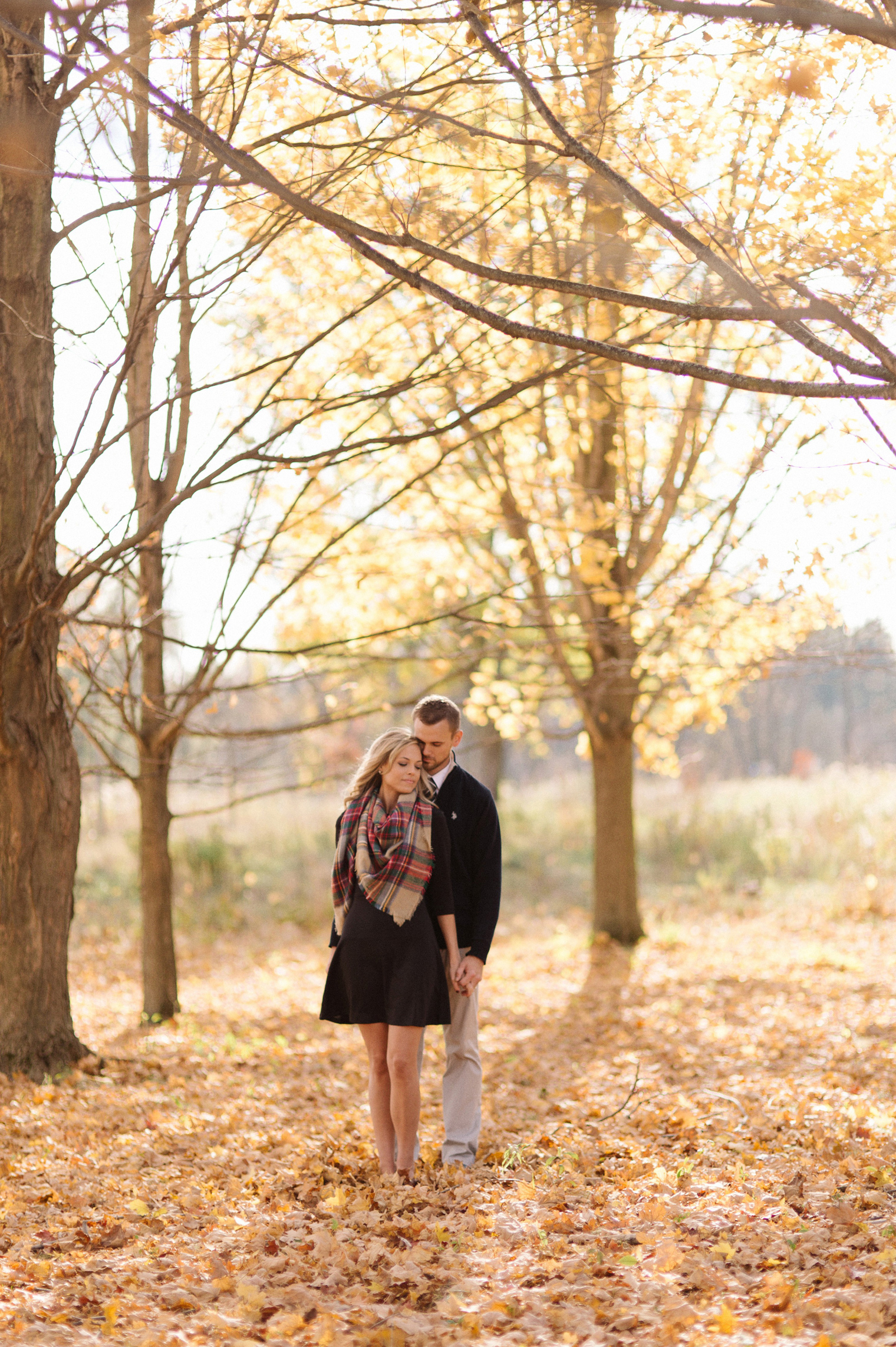 Rustic Fall Wallpaper Becky Jeremy And Fall In Michigan Detroit Wedding