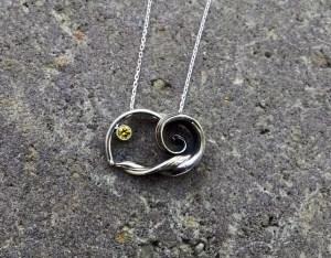 wave-necklace
