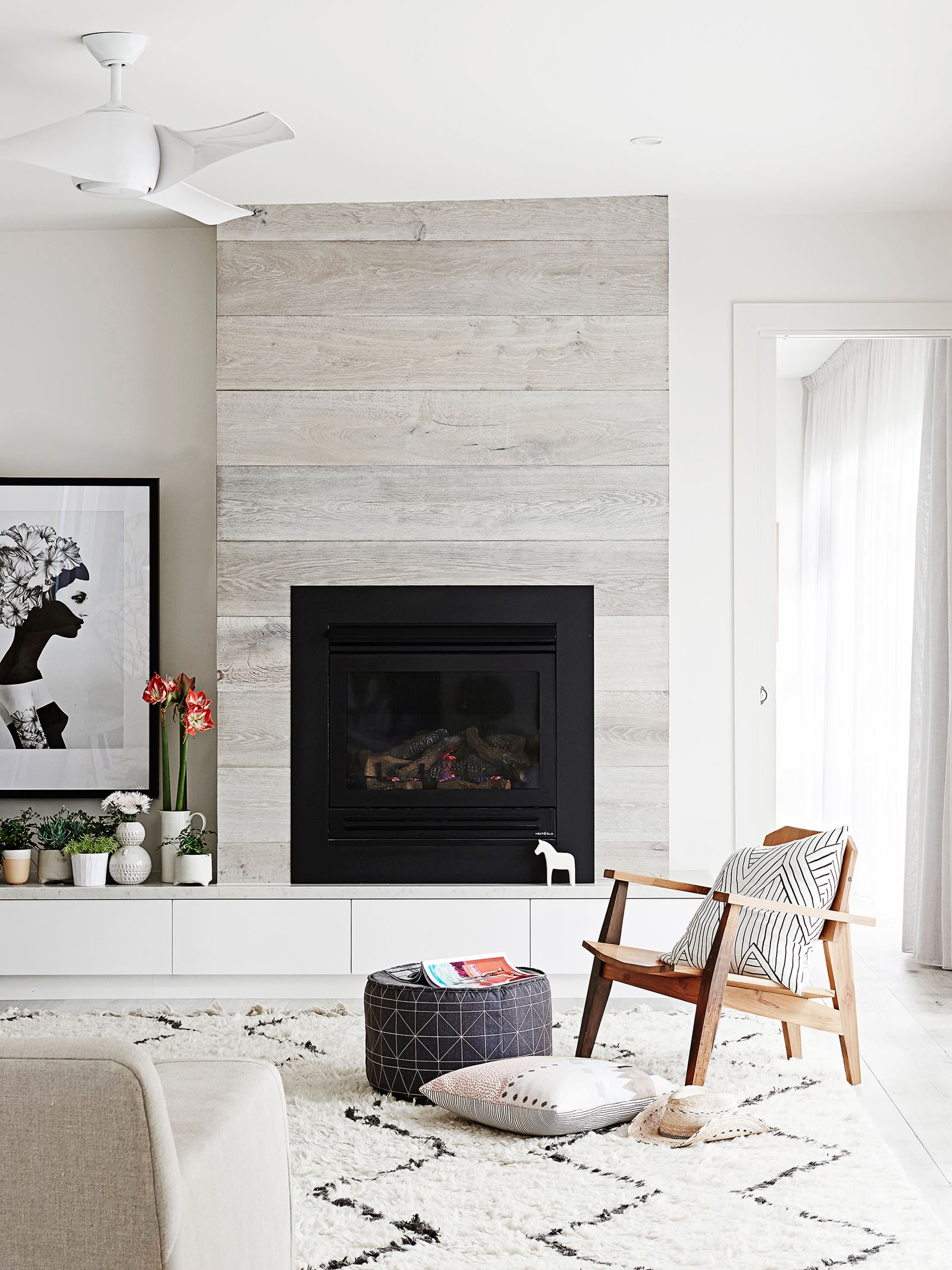 8 Stylish Planking Fireplace Combinations We Love Heat Glo