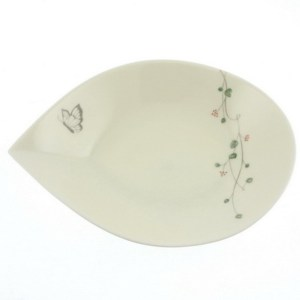 Butterfly Plate | Simple and elegant plate featuring a lovely butterfly and floral pattern. Cream with pastel accents. Microwave and dishwasher safe. Made in Japan. | heavenlyhomecooking.com