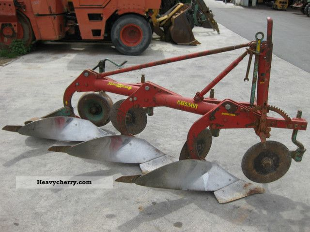 Kverneland 3 Schar 2011 Agricultural Plough Photo And Specs