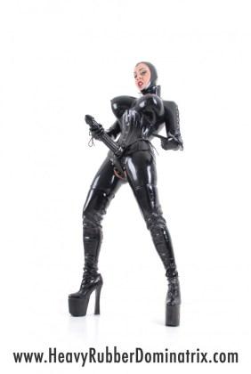 heavy rubber dominatrix