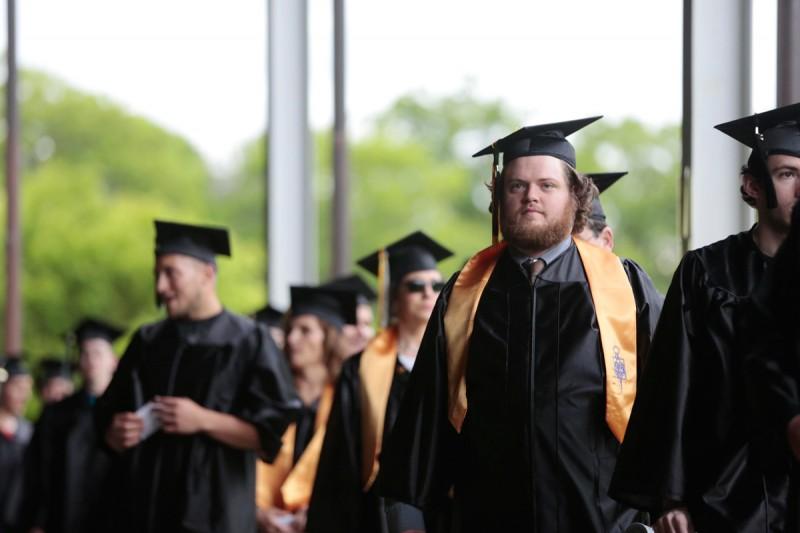 Community colleges raise alarm on graduation pledge - The Hechinger