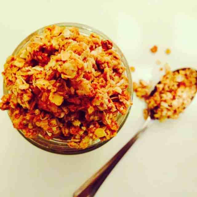 peanut granola