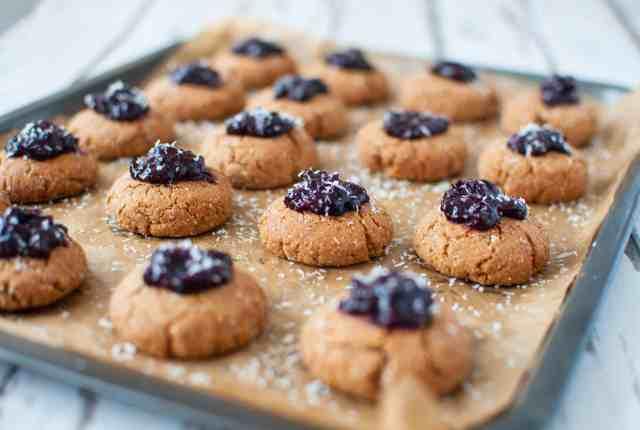 clean-eating-cherry-bakewell-cookies-recipe-008
