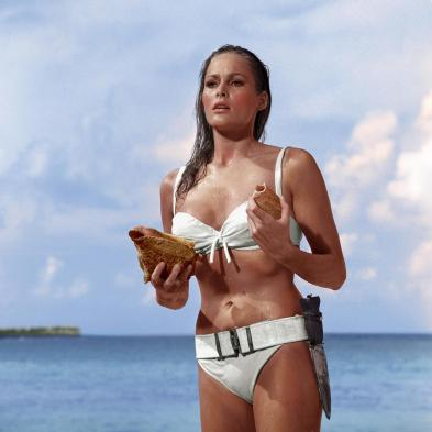 1962: Ursula Andress kot Honey Ryder (Dr. No)