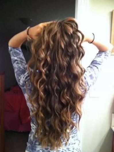 19 deklet, ki navdihujejo s svojimi dolgimi lasmi: Zavidanja vredni kodri.