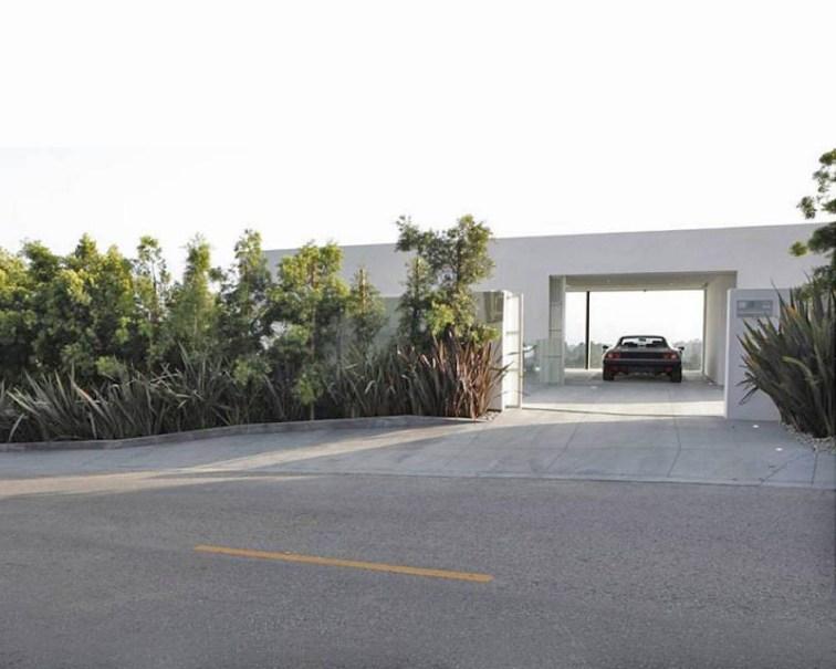 Sanjska garaža za sanjsko vozilo