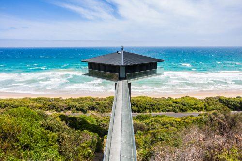 Pole House nad plažo Fair v Avstraliji