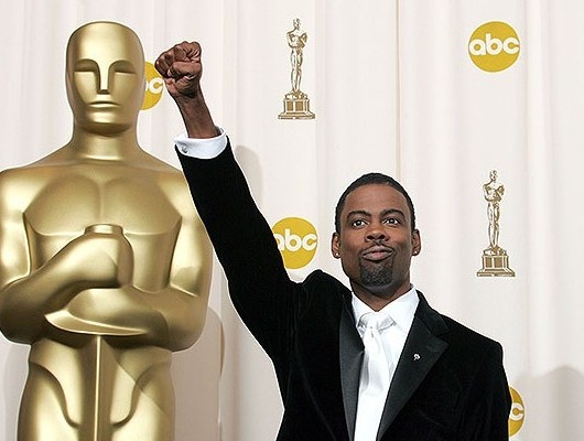 Chris-Rock-Backstage-at-Oscars-618x400