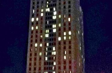 Hyatt Regency Philadelphia Penn's Landing at night