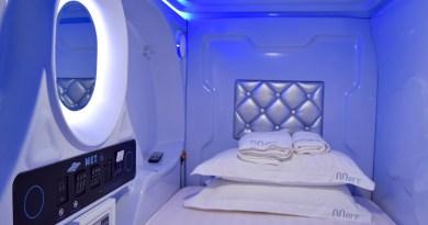 Hostel Review: MET A Space Pod Hostel, Singapore
