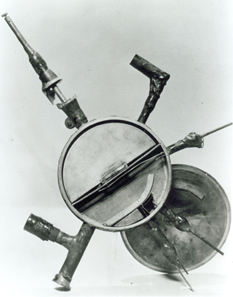 Fig.4 The first cyclotron - only 4 inches in diameter.